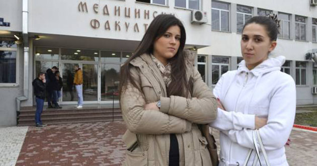 Studiraš medicinu, postaneš defektolog: Radojka Jevtić i Olivera Čilić; Foto: N. Mihajlović, 24sata.rs