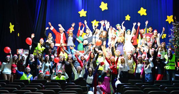 """Završna manifestacija projekta """"Nijedno dijete bez paketića 2014"""": 850 paketića za 850 dječijih osmijeha"""