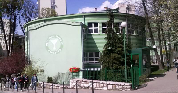 Donacija Općine Centar Medicinskom fakultetu u Sarajevu: 20.000 KM za konsultacioni mikroskop