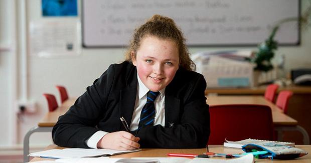 Mlada romkinja genijalka ima veći IQ od Einsteina i Hawkinga, a jedva da je pohađala školu