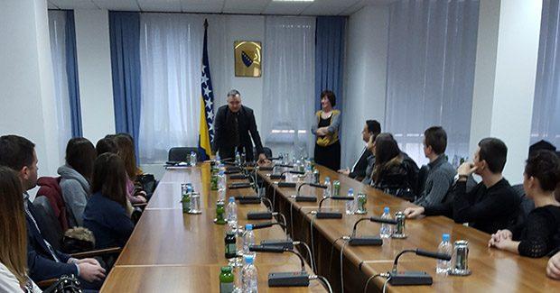 UNMO Ministar Vujanović održao predavanje studentima Ekonomskog fakulteta u Mostaru