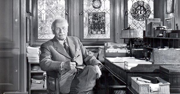 Četiri faze života prema Carlu Jungu