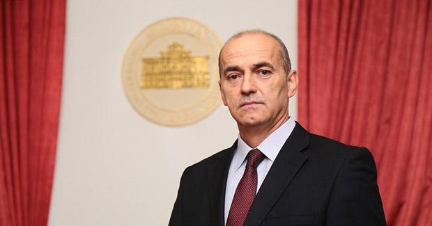 """Rektor UNSA Rifat Škrijelj: """"Mi proizvodimo kadar, a na vladama je da otvaraju radna mjesta"""""""