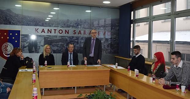 Fond IKRE: Osigurano 1.910 stipendija u Kantonu Sarajevo za djecu boračke populacije