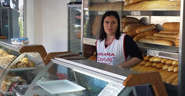 Jasmina završila studij medicine, a radi u pekari
