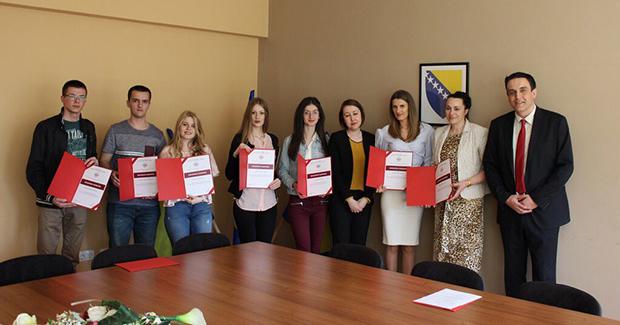 Ekonomski fakultet u Mostaru nagradio najbolje studente