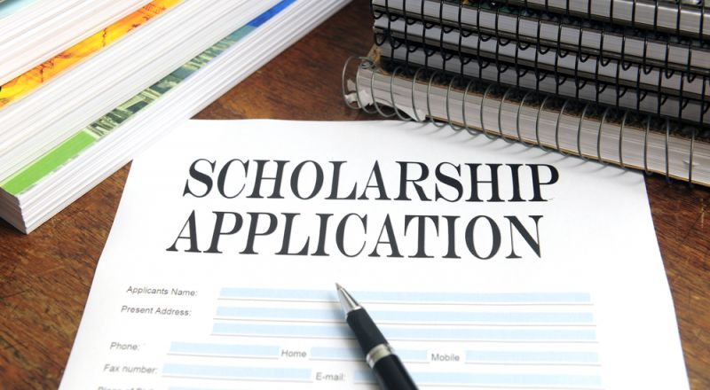 FONSS: Konkurs za dodjelu stipendija redovnim studentima u akademskoj 2017/18. godini