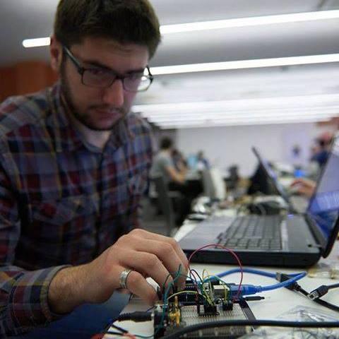 Inžinjer elektronike koji želi imati farmu lješnjaka