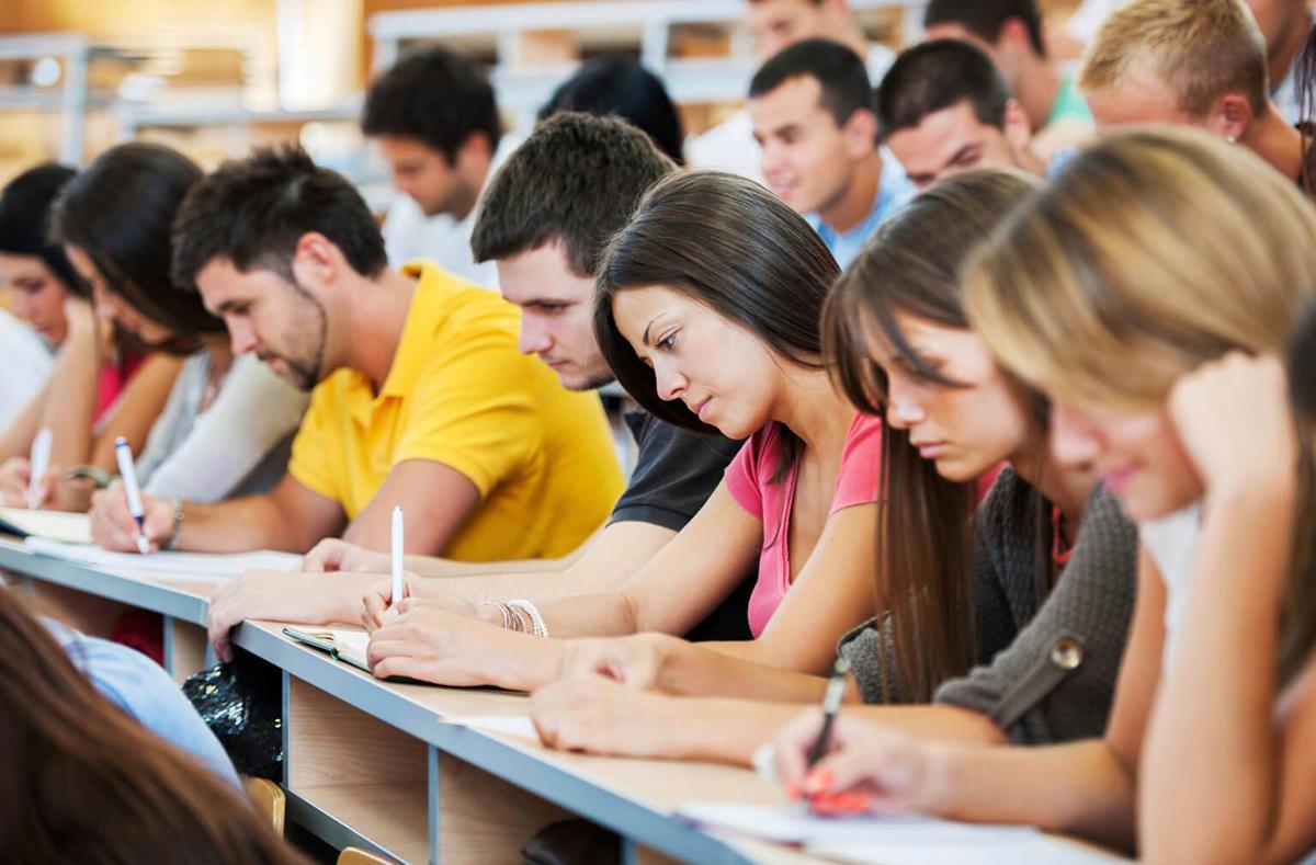 Počela akademska godina za studente koji nemaju para da kupe diplome