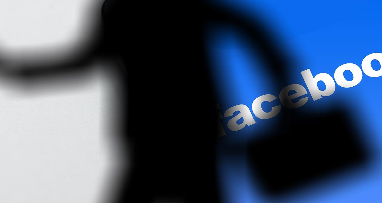Pročitajte koje podatke odmah trebate obrisati sa vašeg Facebook profila