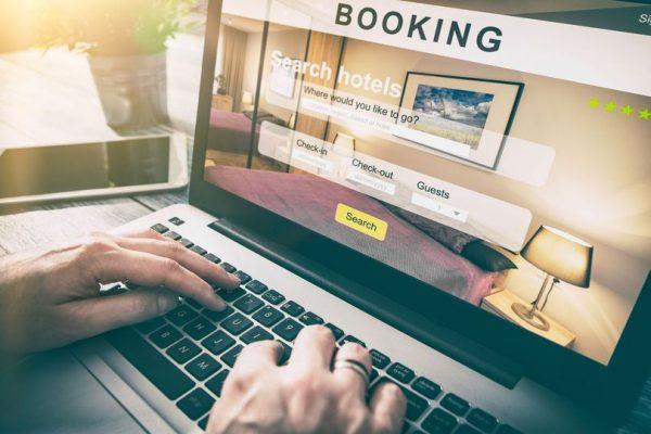 Student smislio način kako da gotovo uvijek jeftinije platite aviokartu ili hotel