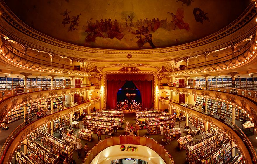100 godina staro pozorište pretvoreno u knjižaru