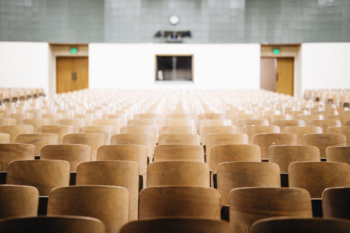 Spavanje na predavanju tretirat će se kao simptom psihičkog poremećaja