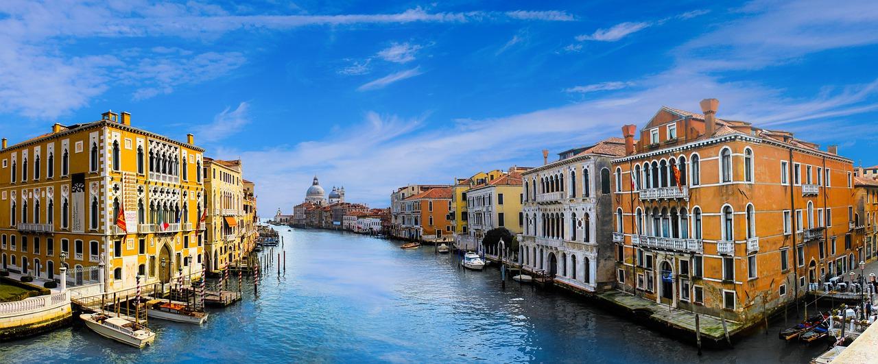 Grad u kojem se susreću prošlost i inovacija: Prijavite se za stipendije za studiranje u Veneciji
