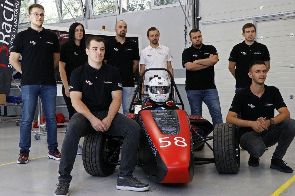 Predstavljen drugi Formula Student bolid iz BiH