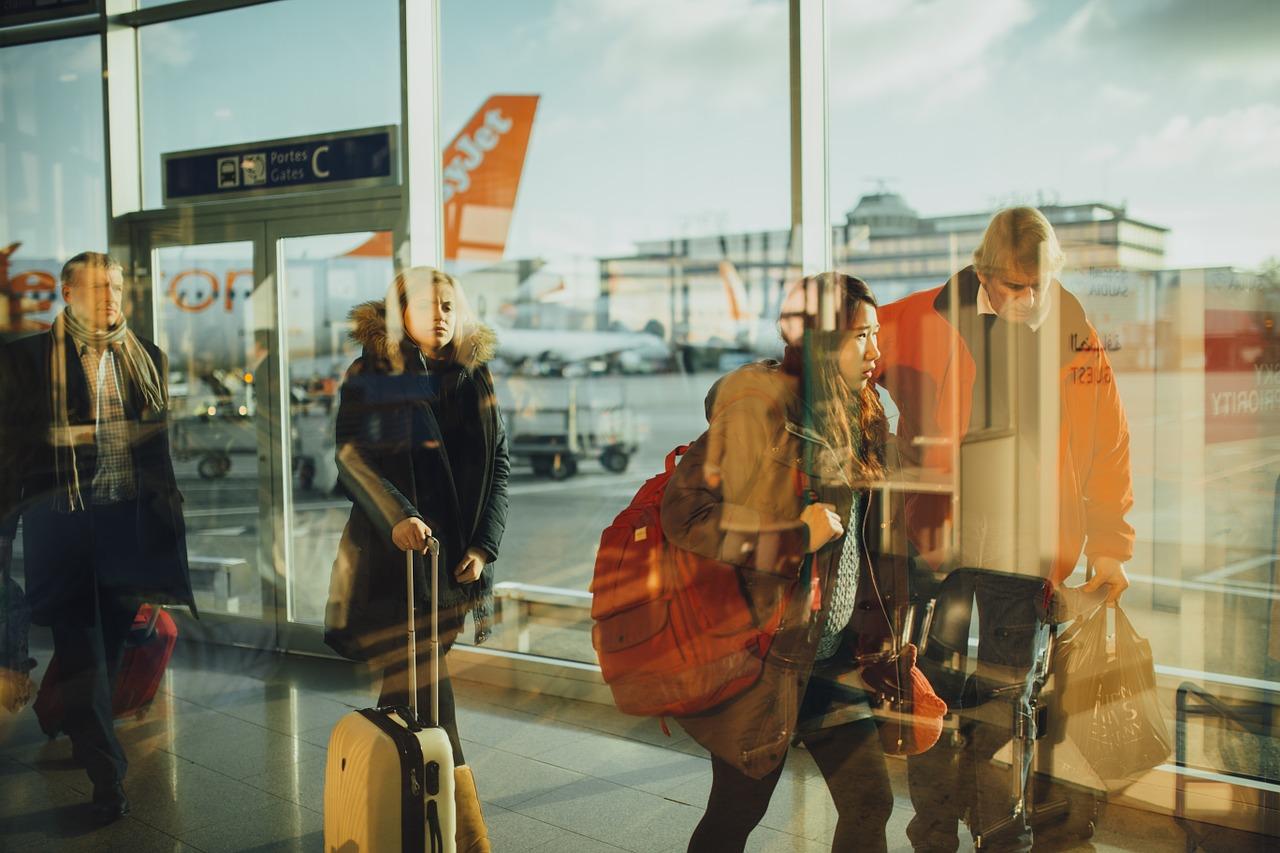 Deset tajni koje većina putnika avionom ne zna, a koje vam mogu letenje učiniti puno ljepšim