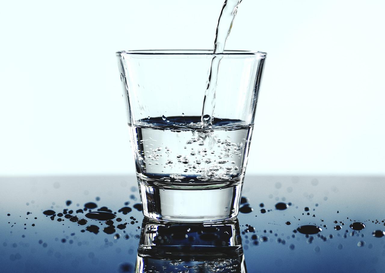 Kako izbjeći dehidraciju u vrućim danima?