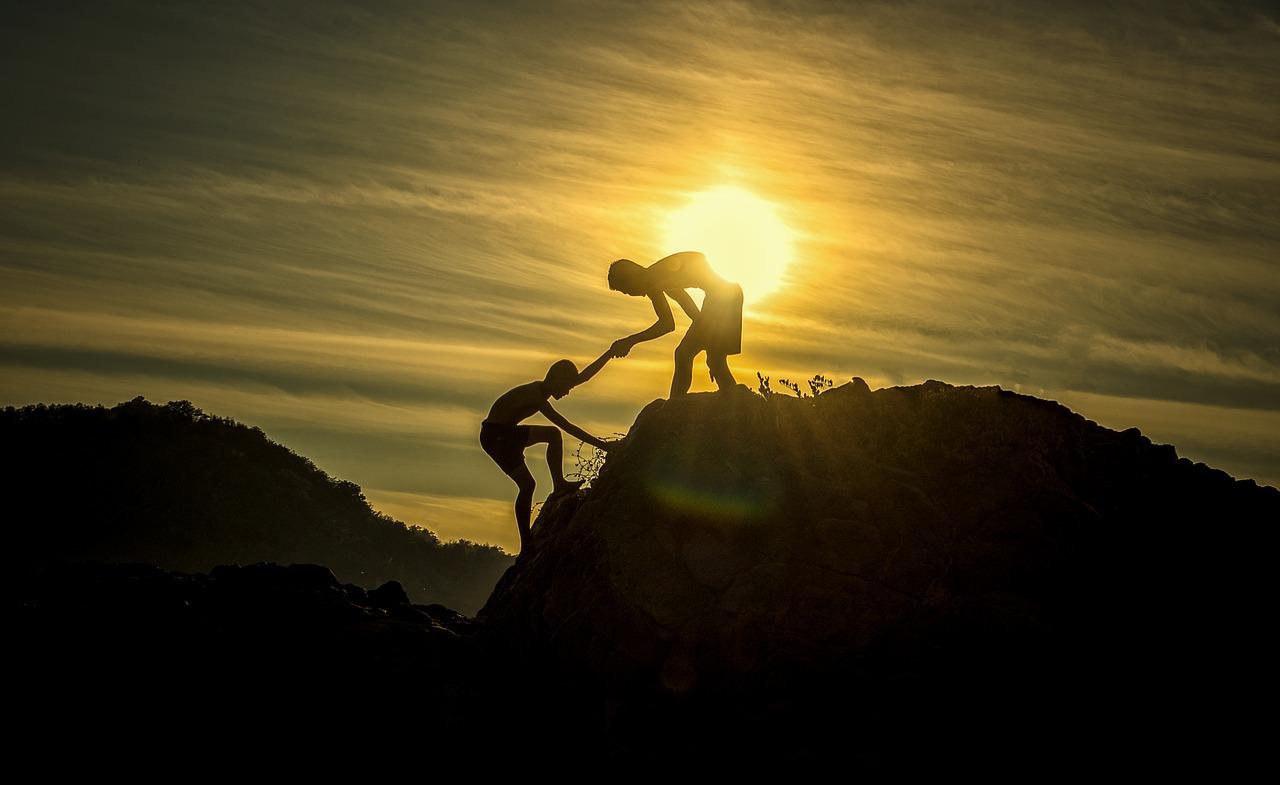 Pet situacija u kojima ne bi trebali pomagati drugima