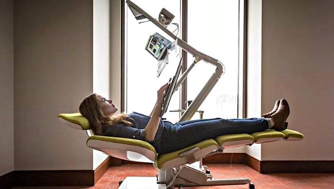 Genijalno! Stol za ležanje na poslu: Totalno ga vidimo i na predavanjima