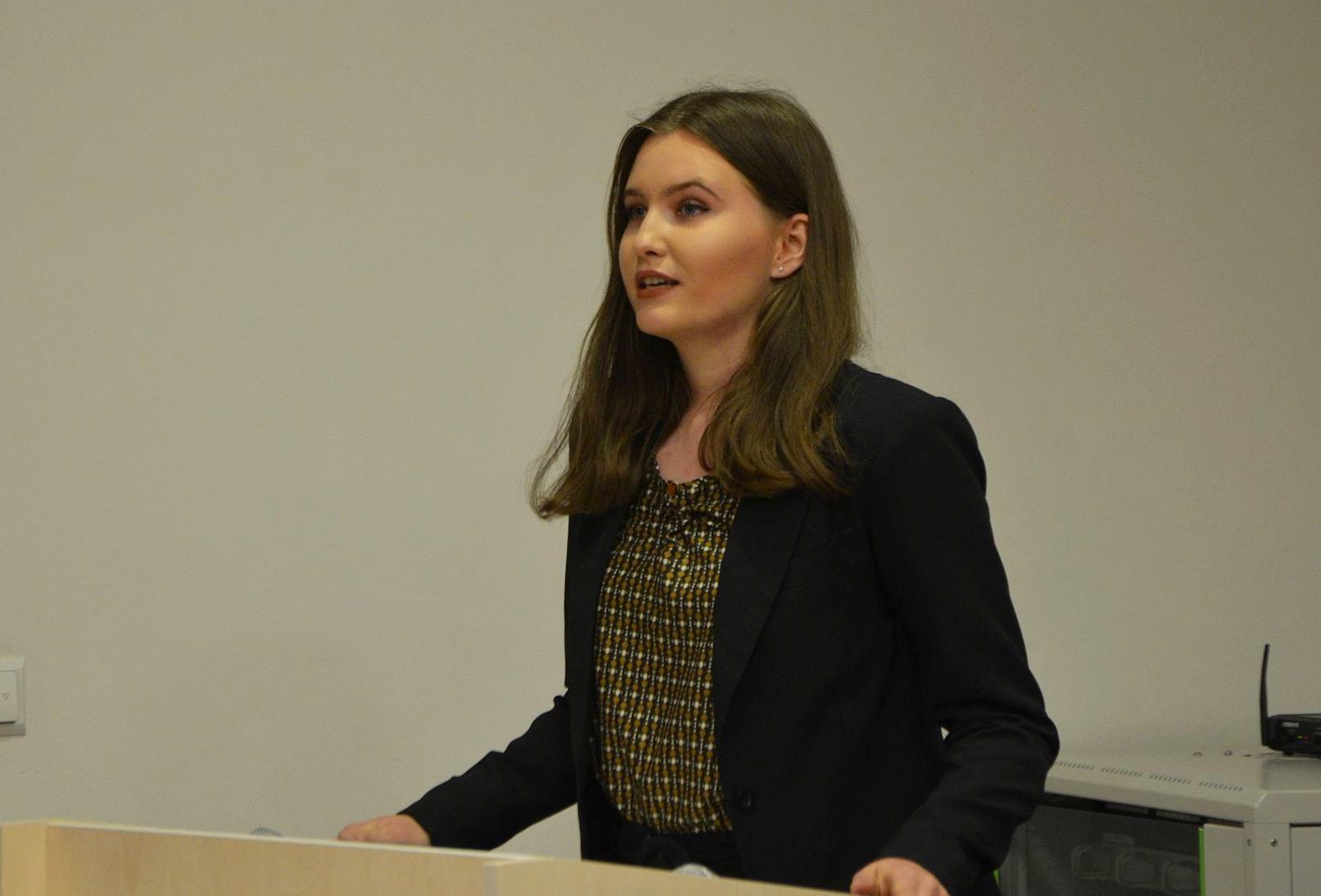 """Selma Turčinović, stipendistica Fondacije """"Izvor nade"""": Uspjeh nije novac, uspjeh su djela"""