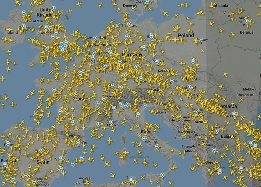 Zračni promet pust: Kako je izgledalo nebo iznad Evrope početkom, a kako krajem marta