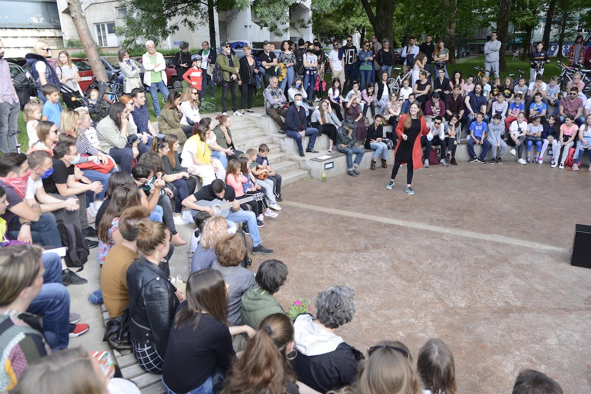 """Teatar se vratio u grad: Predstavama """"Teatar u kvartu"""" otvoren četvrti Pop Art Festival"""