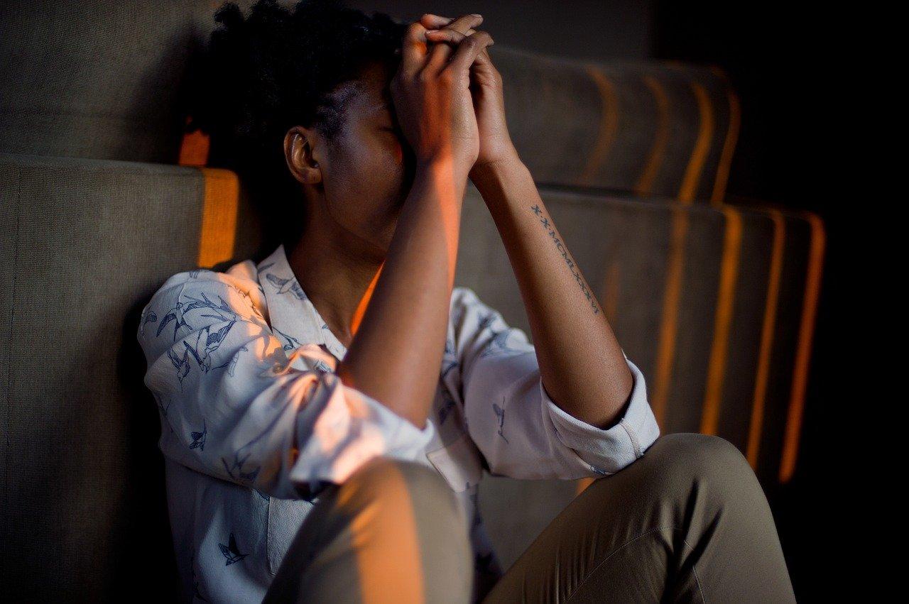 Kako je sjedenje povezano s depresijom