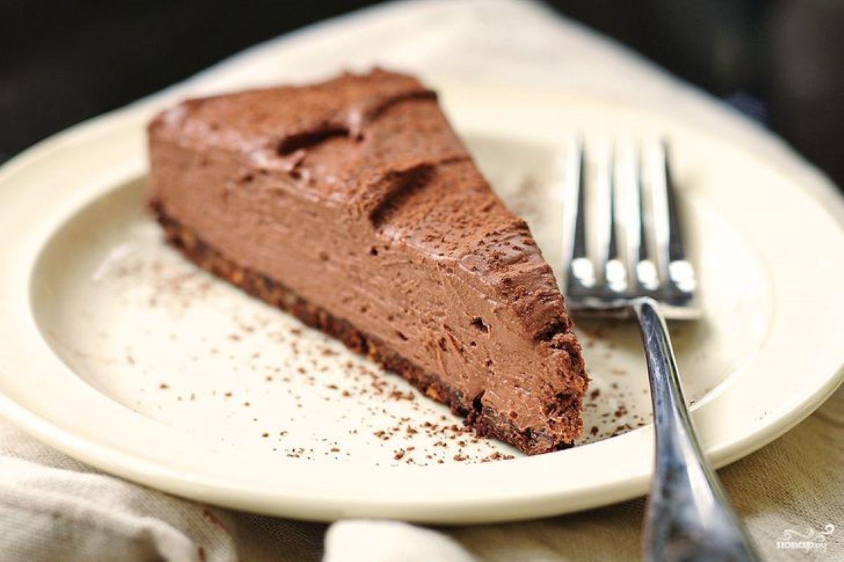 Studentski recepti: Čokoladna torta – spremna bez pećnice!