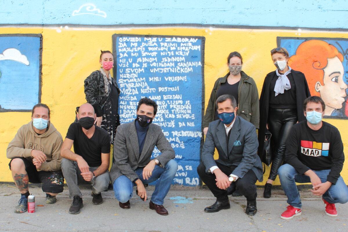 "Glavni grad Bosne i Hercegovine bogatiji za novi mural: Zid u ulici Želimira Vidovića Kelija od sinoć krasi mural ""Our Future"""