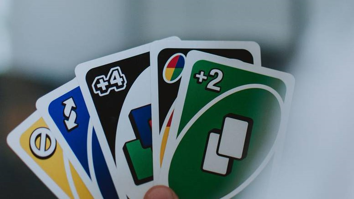 Godinama Uno igramo pogrešno? Na +2 ne smijemo staviti +2