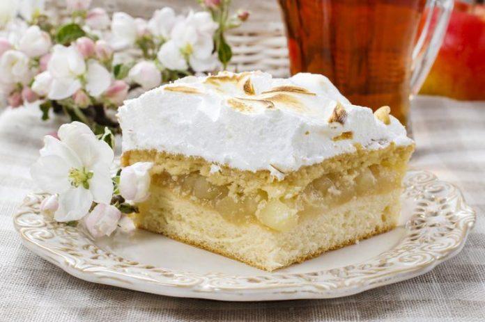 Studentski recepti: Jeftin i neodoljiv desert od jabuka i pudinga