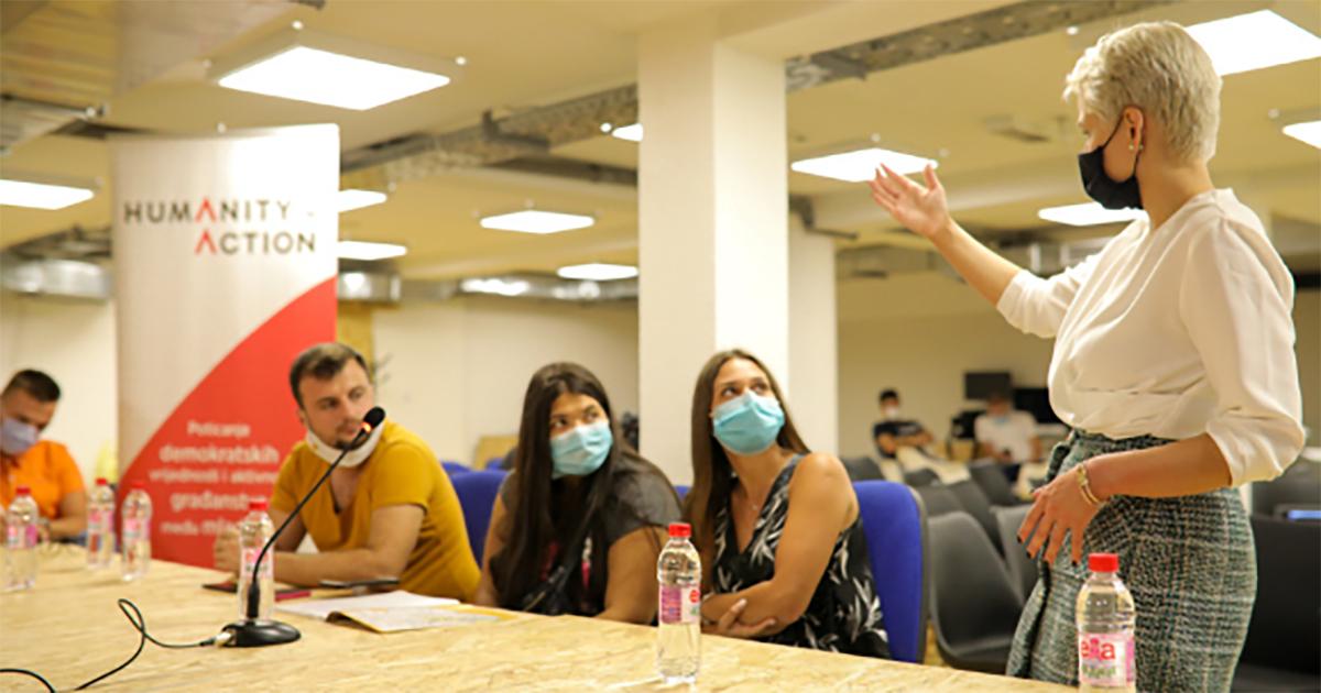 Humanity in Action Bosna i Hercegovina objavljuje poziv za dostavljanje prijava za učešće u projektu: Poticanje demokratskih vrijednosti  i aktivnog građanstva među mladima