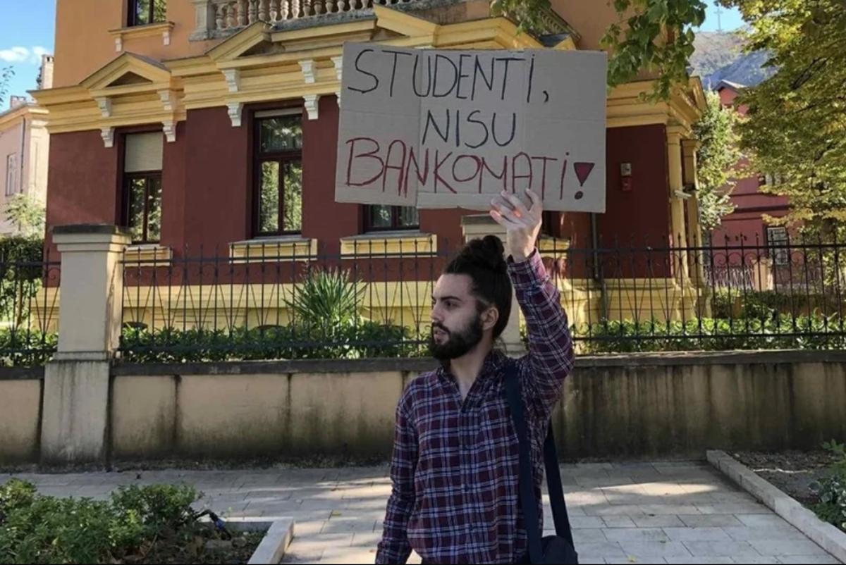 Mostarski studenti izlaze na ulice, traže povratak na fakultete i manje školarine