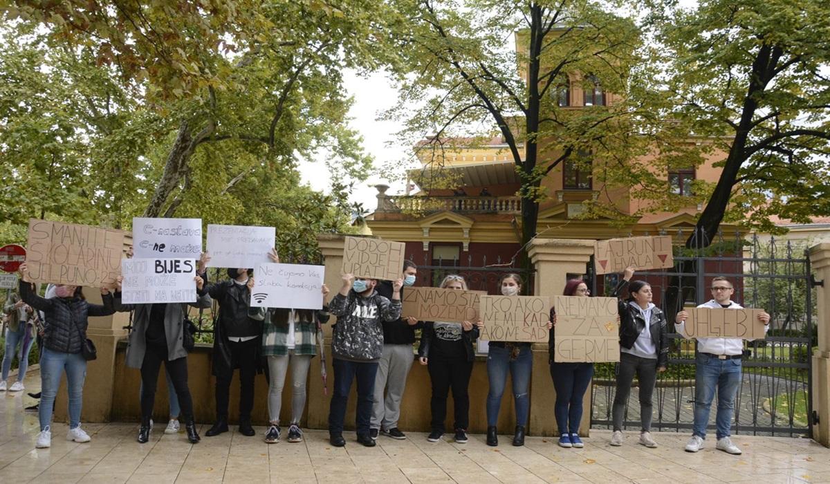 Stotine mostarskih studenata diglo glas