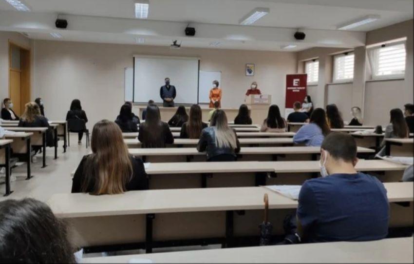 Svima dosadila izolacija: Studenti u Mostaru puni optimizma dočekali novu akademsku godinu