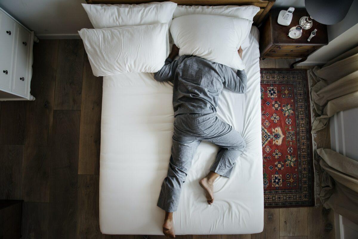 Kad neće san na oči: Isprobajte ove trikove i brže zaspite
