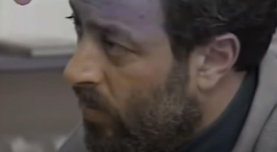 Društvenim mrežama kruži video sa časa glume Mike Aleksića: Mrš na umivanje