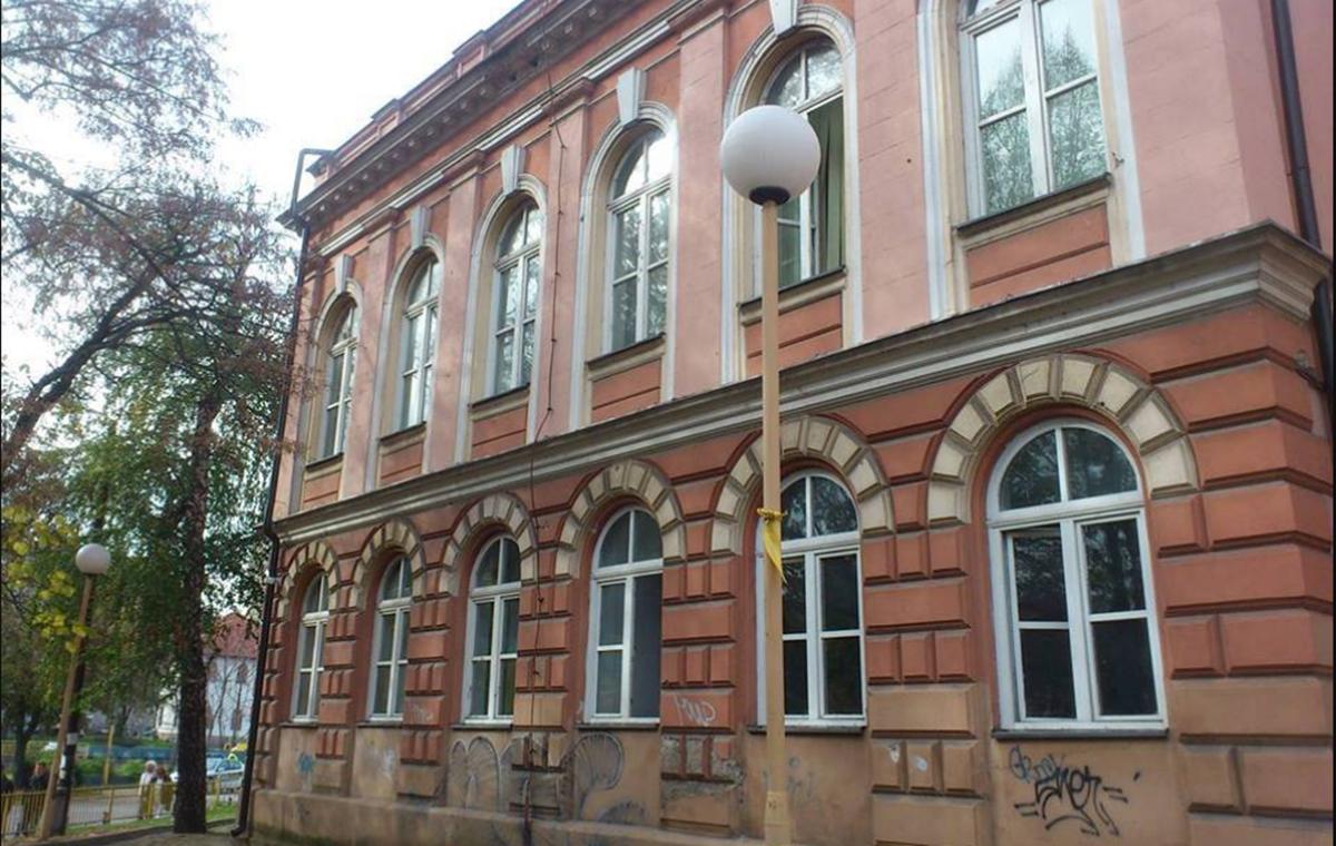 Fakultet elektrotehnike u Tuzli: Pomoć za studente koji su u teškoj finansijskoj situaciji