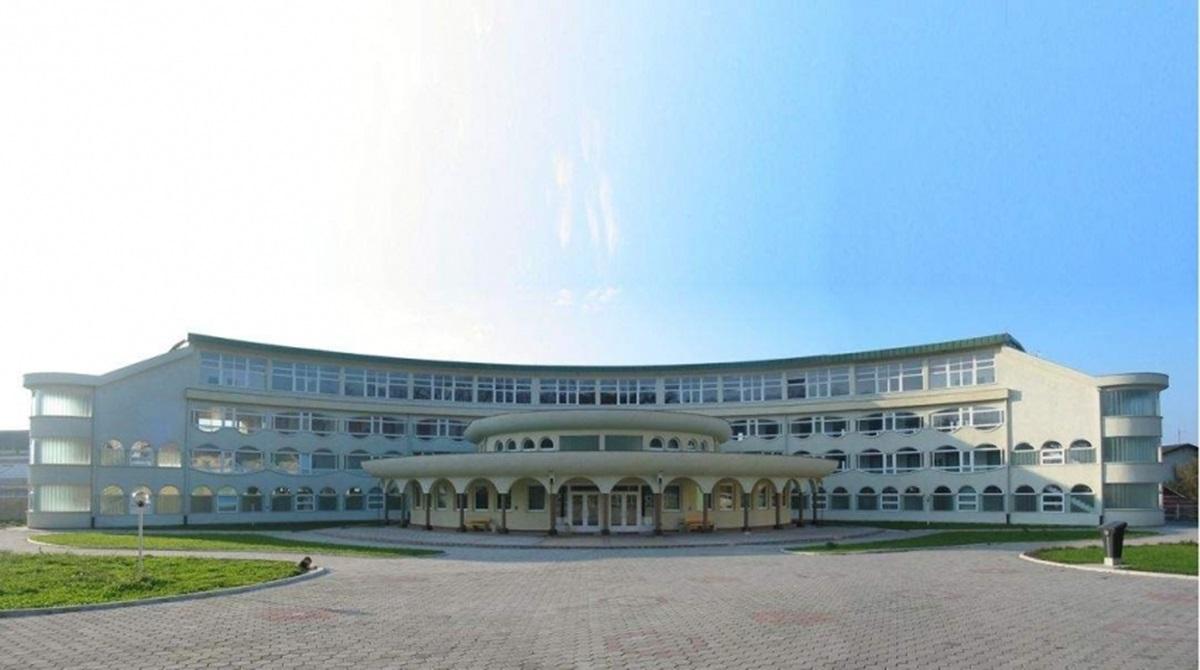 Islamski pedagoški fakultet u Bihaću ustupio dio svoga prostora Domu zdravlja Bihać