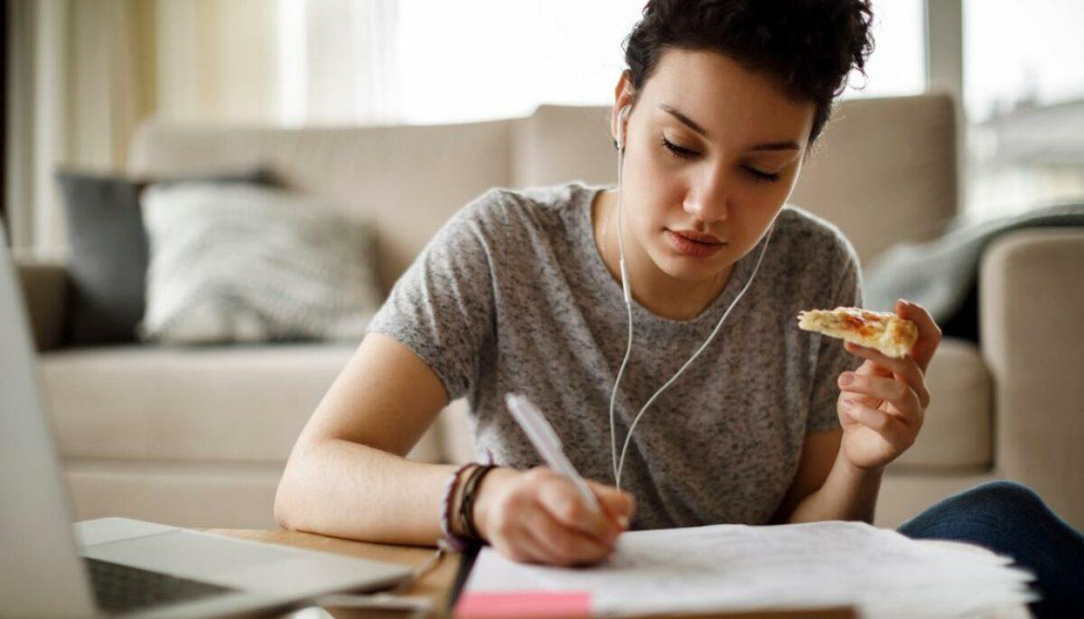 Idealna pred ispitni rok: Ovo je hrana koja može smanjiti stres