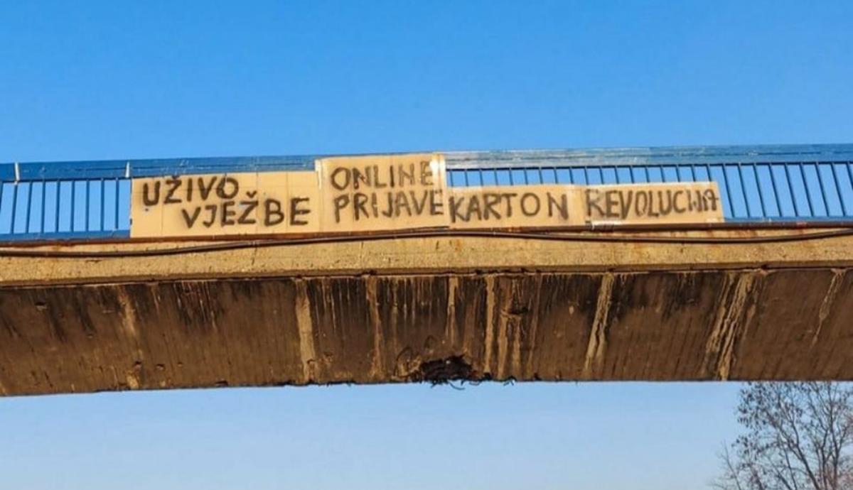 Karton revolucija: Borba za online prijave ispita i vježbe uživo