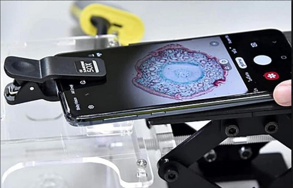 Tajlandski univerzitet pretvara stare mobitele u mikroskope za studente