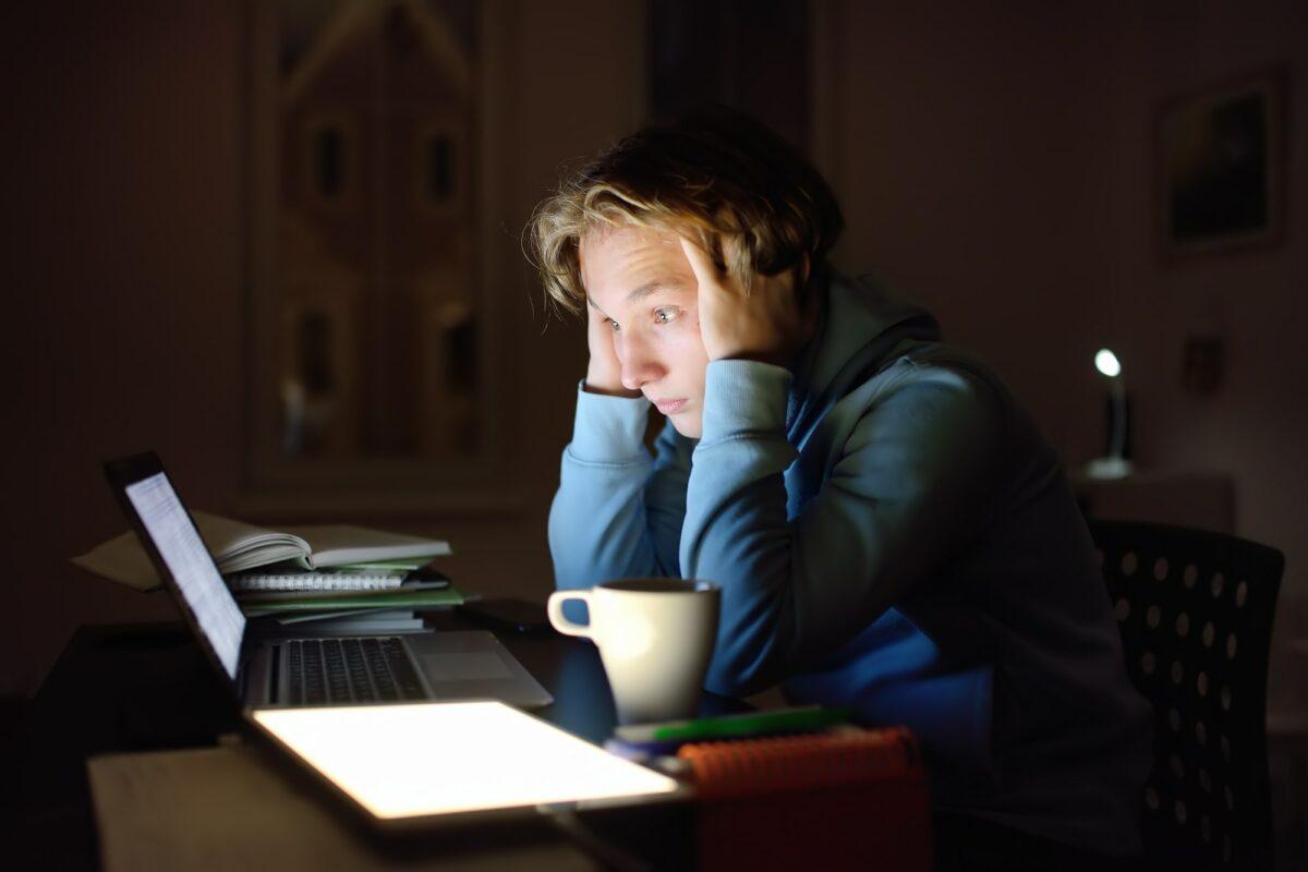 Kako se nositi sa stresom tokom ispitnih rokova?