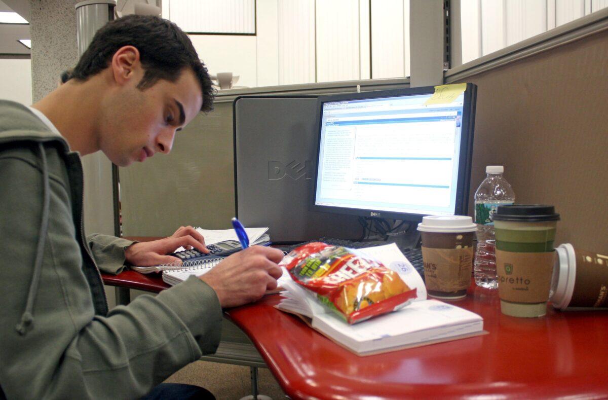 Kad zagusti, nema se vremena za jesti: Kako studenti preživljavaju rokove?