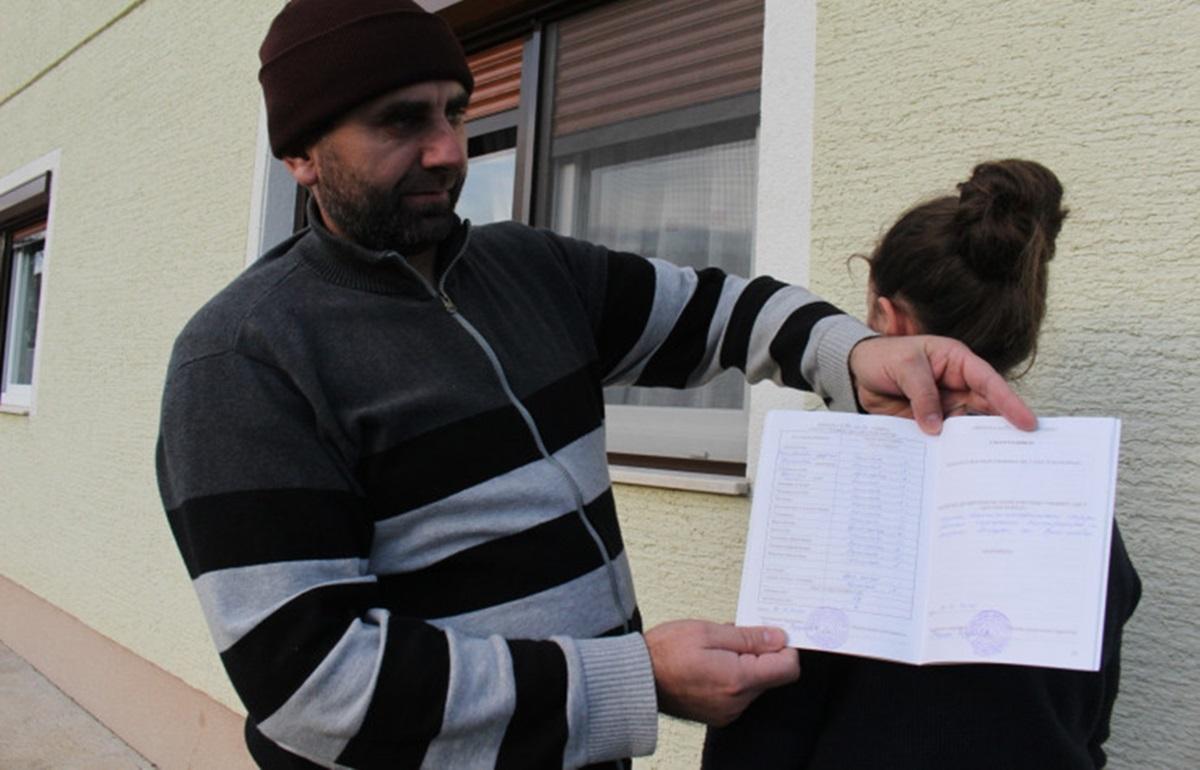Djevojčici smanjili vladanje u školi jer je slavila Dan državnosti BiH