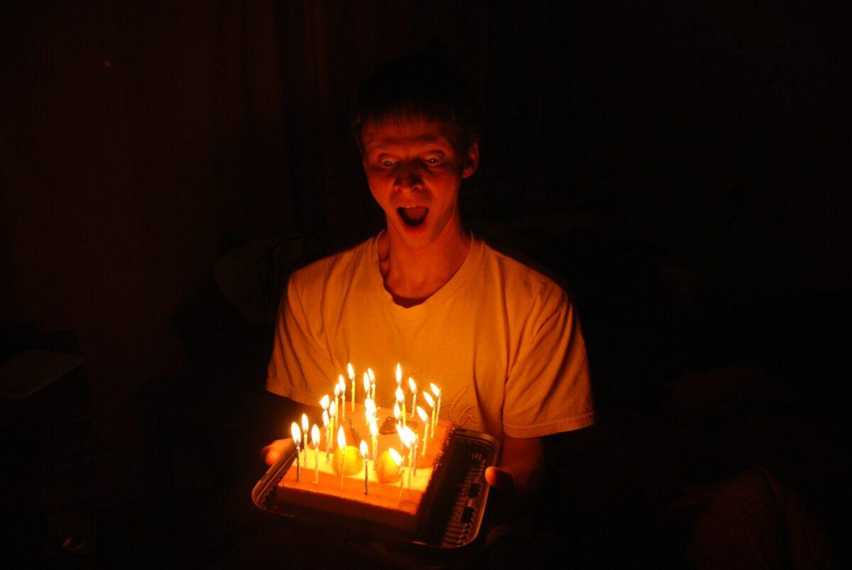 Zagonetka: Imao 22 godine na prošlom rođendanu, a na narednom rođendanu će napuniti 24 godine
