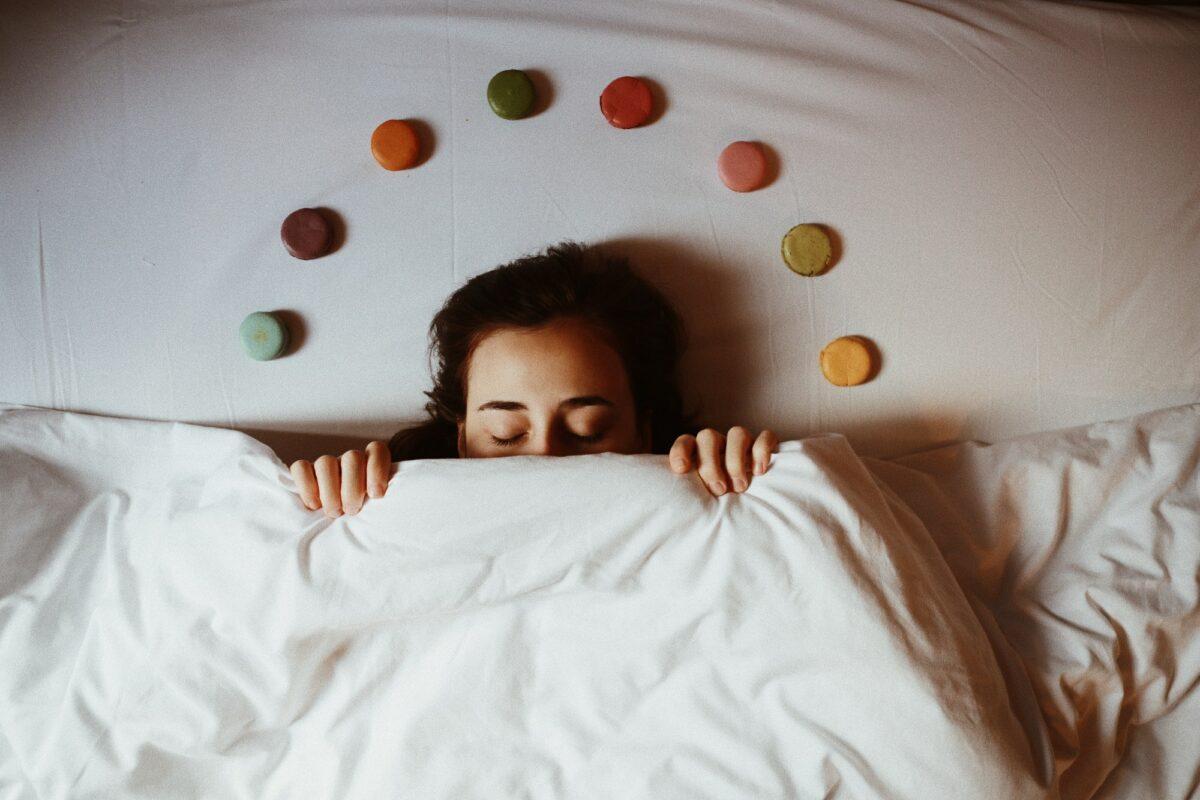 Psihologija snova: Zašto sanjamo i kako nam snovi mogu pomoći?