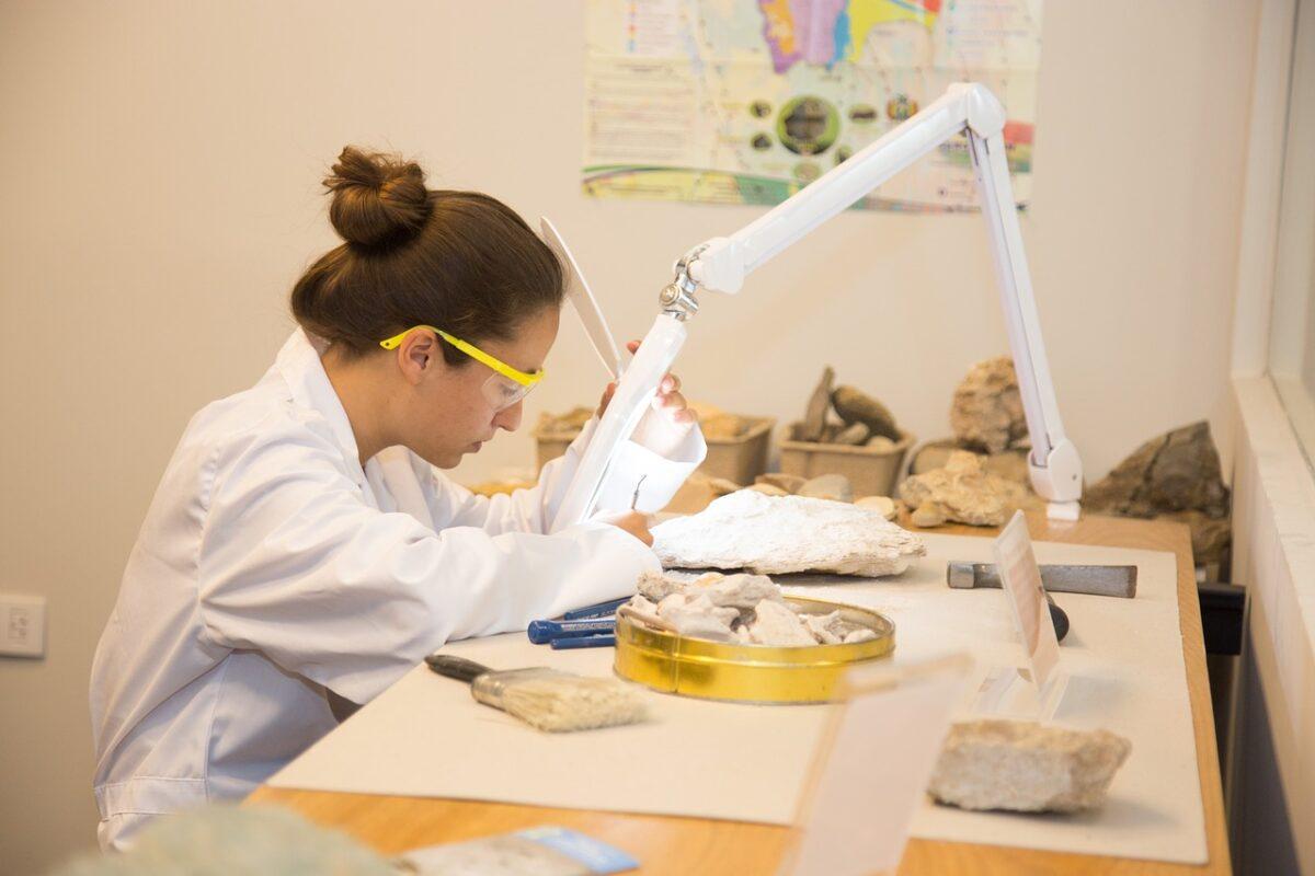 Danas se obilježava Međunarodni dan žena i djevojaka u nauci