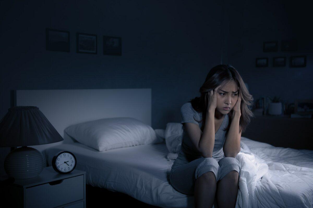 Teško utonete u san: Probajte ovu jednostavnu petominutnu rutinu