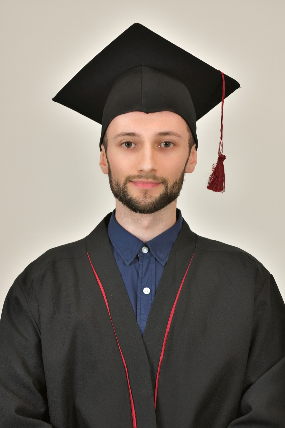 Upoznajte Alena Hatkića, dobitnika Zlatne plakete Student generacije UNTZ –  STUDOMAT.ba